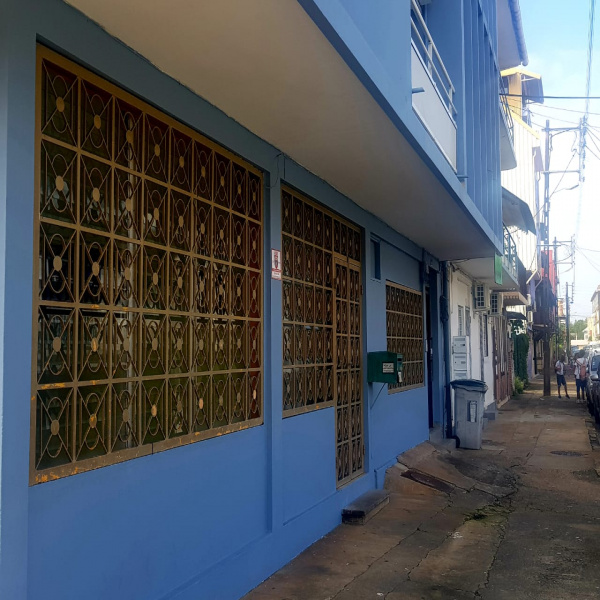 Location Immobilier Professionnel Local commercial Cayenne 97300