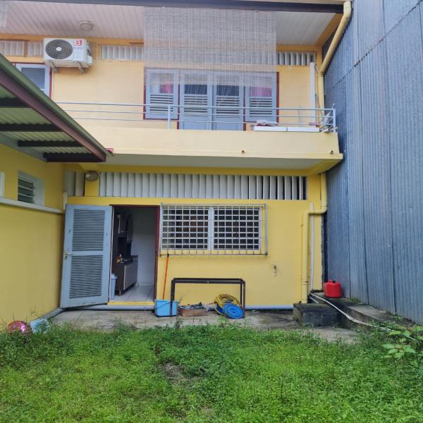 Location Immobilier Professionnel Local professionnel Cayenne 97300